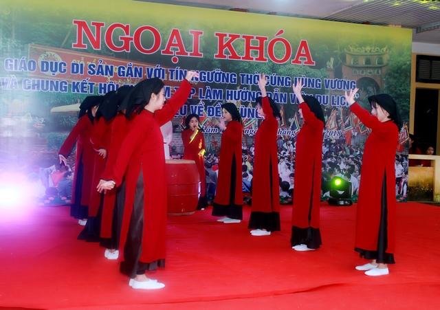 Các hoạt động ngoại khóa của học sinh trường THPT Phong Châu