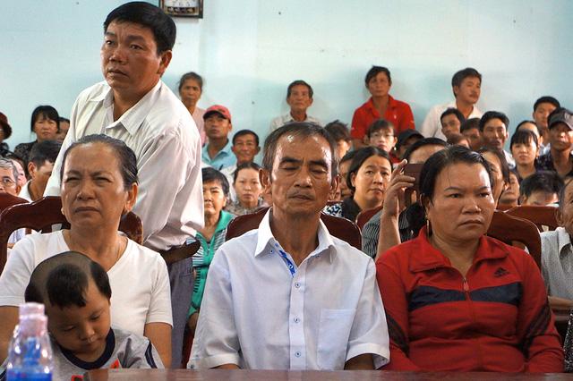 ong-huynh-van-nen-ngan-ngo-sau-buoi-xin-loi-dai-30-phut
