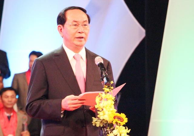 thu-tuong-chinh-phu-ton-vinh-doanh-nhan-1