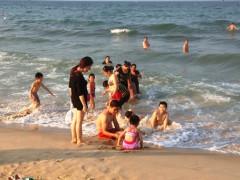 Bộ Tài nguyên và Môi trường yêu cầu tiếp tục quan trắc nước biển miền Trung