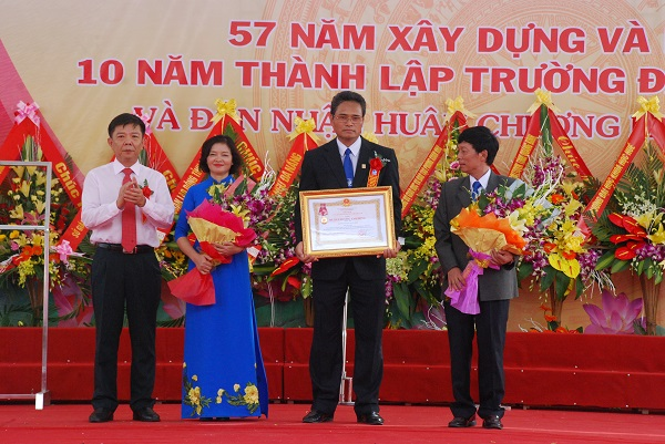 thanh-lap-truong
