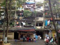 Hơn 10 năm, Hà Nội vẫn loay hoay tìm cơ chế cải tạo chung cư cũ