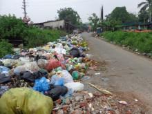 Xã Phù Khê (Bắc Ninh): Hàng chục tấn rác thải chưa được xử lý