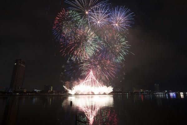 Sau đêm khai mạc ấn tượng, lễ hội pháo hoa quốc tế 2018 sẽ đem tới điều gì khác?