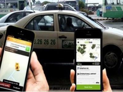 """Taxi truyền thống và cuộc đấu với Grab, Uber: Liên kết để không bị """"ngửi khói"""""""