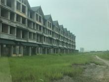 """Nhiều đô thị """"bỏ hoang"""" sau 10 năm Hà Nội mở rộng"""