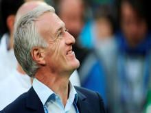 Chung kết World Cup 2018: Deschamps - 'Gã xách nước' thành 'người xách Cúp'