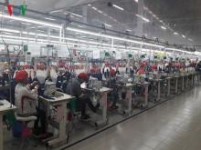Ngành thép và dệt may Việt Nam thêm rủi ro vì cuộc chiến thương mại