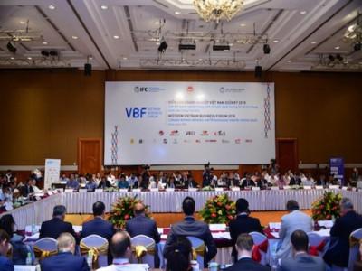 """Diễn đàn Doanh nghiệp Việt Nam: """"Tối hậu thư"""" cải cách"""