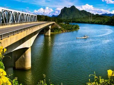 Quyết tâm đưa huyện Quảng Ninh phát triển toàn diện và bền vững
