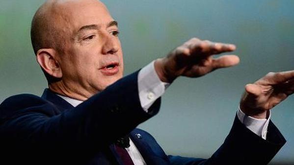 Ông chủ Amazon - Jeff Bezos trở thành người giàu nhất thế giới
