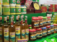 """""""Đánh thức"""" tiềm năng xuất khẩu mật ong"""