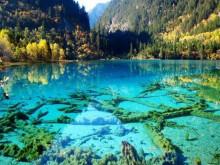 10 địa điểm tuyệt vời nhất trên trái đất bạn nên trải nghiệm một lần trong đời