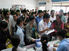 Bảo hiểm thất nghiệp: Không chỉ thiên về trợ cấp
