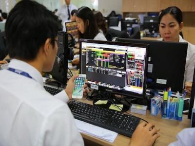 Bộ Tài chính công bố cắt một nửa số điều kiện kinh doanh