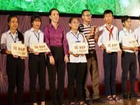 Tân Hiệp Phát trao tặng hàng ngàn phần quà cho trẻ em có hoàn cảnh khó khăn