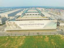 """Thăm """"cứ điểm"""" sản xuất điện thoại lớn nhất của Samsung tại Việt Nam"""
