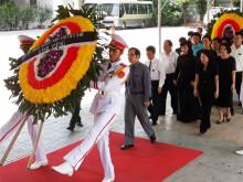 Đoàn Trung ương Hiệp hội Doanh nghiệp nhỏ và vừa Việt Nam viếng Chủ tịch nước Trần Đại Quang