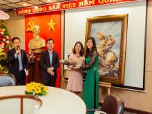 """Công ty TNHH Ngọc Việt khai trương tranh đá quý và công bố Quỹ từ thiện """"Tâm yêu thương"""""""