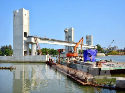 """Đình trệ dự án chống ngập: Trung tâm Điều hành chương trình chống ngập nước """"lên tiếng"""""""