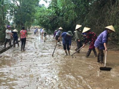 Mùa mưa lũ: Lênh đênh kiếp sống vạn chài