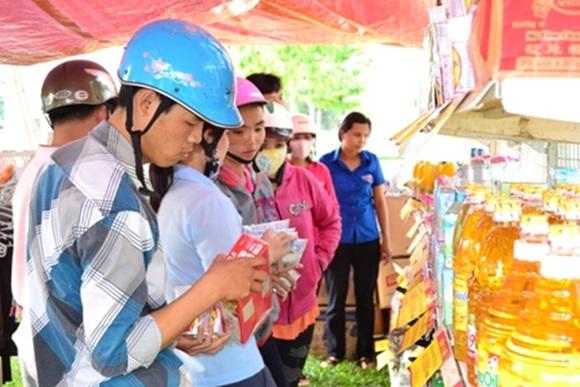 Đưa hàng Việt về các khu công nghiệp, khu chế xuất