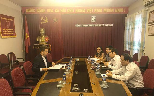 Vinasme tiếp đón Tổng lãnh sự quán Tây Ban Nha