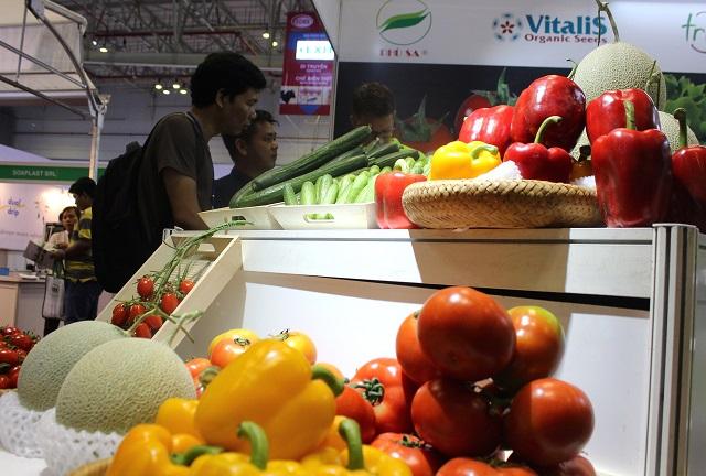 """Nông sản Việt vào siêu thị: Cần """"liệu cơm gắp mắm"""""""