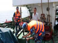 Siết chặt các hành vi vận chuyển, buôn lậu xăng dầu trên biển