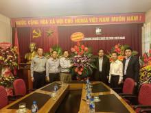 Lãnh đạo Ủy ban TƯ MTTQ Việt Nam chúc mừng  Vinasme nhân Ngày doanh nhân Việt Nam 13/10
