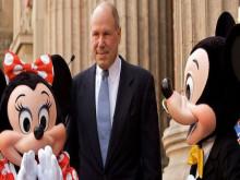 Từ chuyện nhặt rác của CEO Disney để thấy tại sao bạn mãi là nhân viên quèn