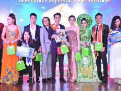 Hoa hậu Châu Ngọc Bích rạng rỡ và quyến rũ với vai trò giám khảo cuộc thi Doanh nhân Tài năng 2018