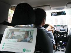 Grabcar có thể phải đeo mào taxi