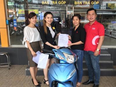 Gần 70 khách hàng của Home Credit trúng thưởng Honda Wave Alpha
