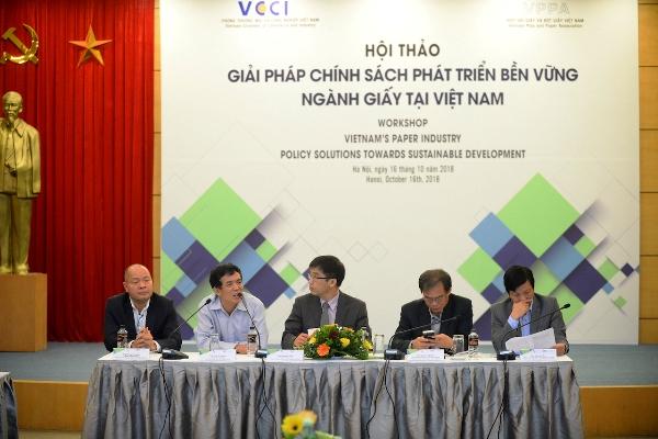 Ngành sản xuất giấy Việt Nam: Tiềm năng phát triển cùng bài toán nguồn nguyên liệu giấy tái chế