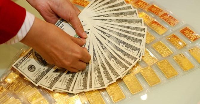 Vàng đứng giá khi đồng USD leo đỉnh