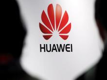 """Mỹ kêu gọi đồng minh tẩy chay sản phẩm của """"đại gia"""" viễn thông Trung Quốc"""