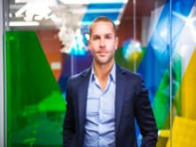 Chàng trai Úc trở thành tỷ phú sau 10 năm từ hai bàn tay trắng