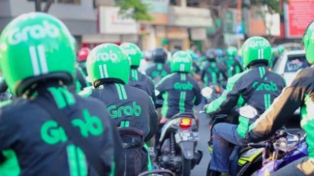TS Lương Hoài Nam: 'Grab, Uber không phải là công ty vận tải'