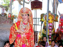 """Nghệ nhân dân gian Lê Thị Ngọ: """"Hầu đồng là một nét đẹp văn hoá tín ngưỡng cần bảo tồn và phát huy"""""""