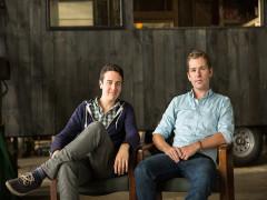 Hai chàng trai Harvard tạo doanh thu triệu đô từ việc anti-Facebook