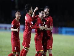 """Chùm ảnh: ĐT Việt Nam khiến HLV Eriksson nhận """"quả đắng"""" đầu tiên"""