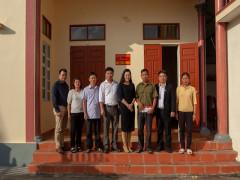 Á hoàng Nguyễn Thụy Oanh - TGĐ Công ty CP XNK ô tô Ngọc Minh tặng nhà tình nghĩa tại tỉnh Thái Bình