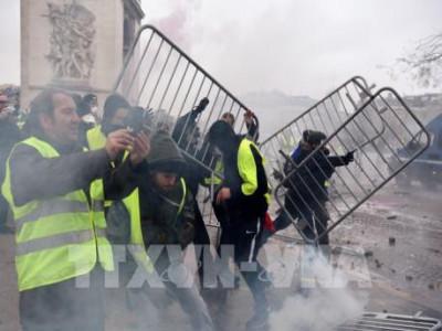 An ninh tại thủ đô Paris được siết chặt