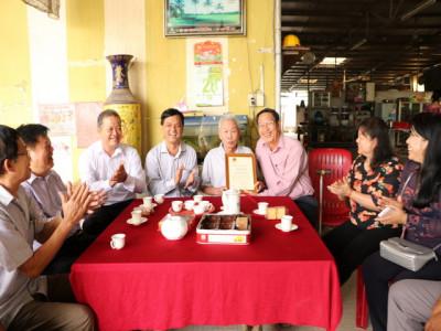 Cần Thơ: Thực hiện tốt chính sách chăm lo cho người cao tuổi