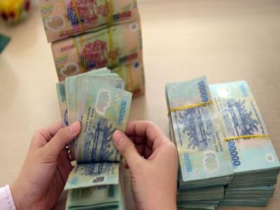 Tiền lương, thưởng Tết tháng thứ 13 có phải nộp thuế?