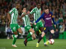 Messi lập hat-trick, Barca thắng dễ Betis