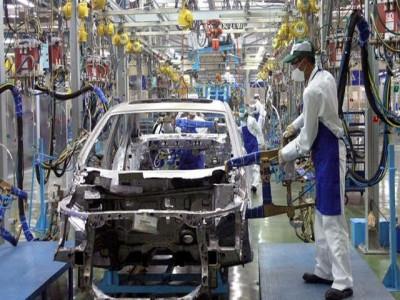 Tiêu thụ xe hơi tăng mạnh, song tỷ lệ nội địa hóa vẫn...