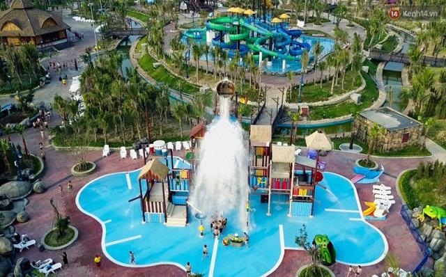 Trải nghiệm ngày hè mát rượi tại công viên nước lớn nhất Đông Nam Á chỉ với 50.000 đồng