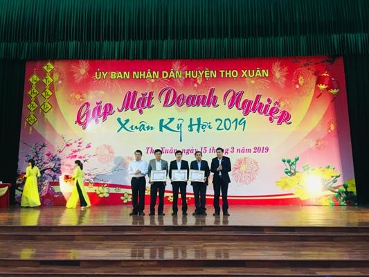 Huyện Thọ Xuân (Thanh Hóa) gặp mặt doanh nghiệp đầu năm